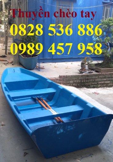 Thuyền chèo tay cho 3 người, Thuyền composite chở 4-5 người, Thuyền cano chở 6 người0