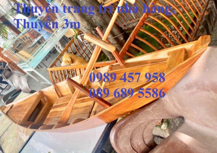 Thuyền gỗ 3m trưng bày nhà hàng, Xuồng gỗ trưng hải sản tại Sài Gòn12
