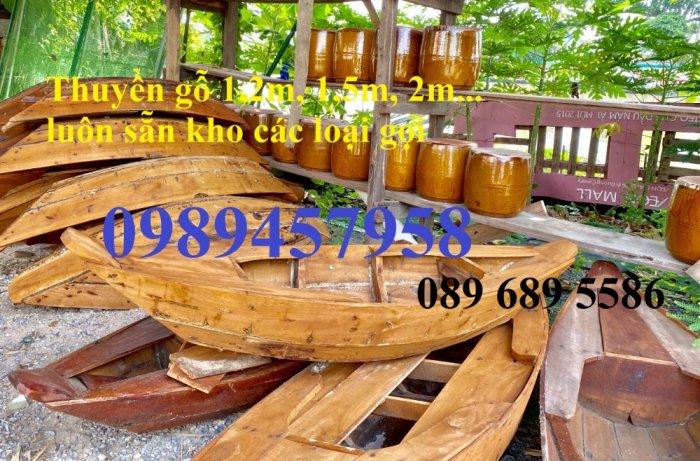 Thuyền gỗ 3m trưng bày nhà hàng, Xuồng gỗ trưng hải sản tại Sài Gòn11