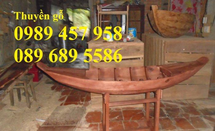 Thuyền gỗ 3m trưng bày nhà hàng, Xuồng gỗ trưng hải sản tại Sài Gòn8