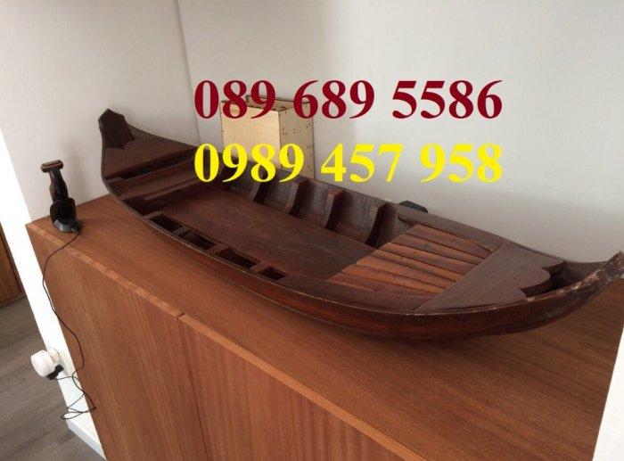 Thuyền gỗ 3m trưng bày nhà hàng, Xuồng gỗ trưng hải sản tại Sài Gòn7