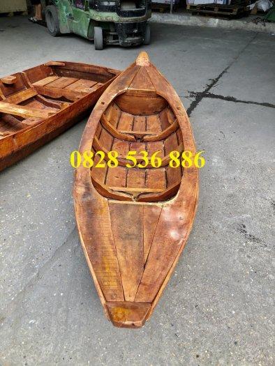 Thuyền gỗ 3m trưng bày nhà hàng, Xuồng gỗ trưng hải sản tại Sài Gòn5