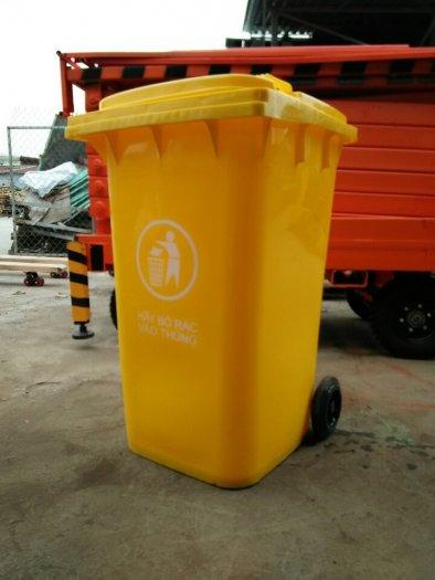 Thùng rác nhựa 240l1