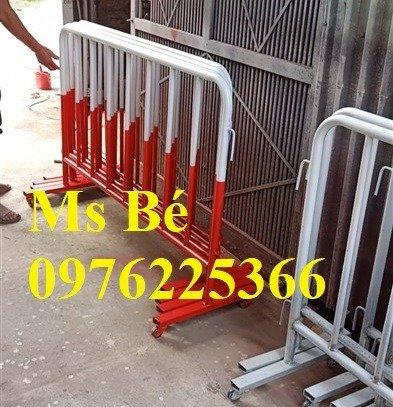 Nhận gia công khung hàng rào di động, hàng rào chắn đám đông3