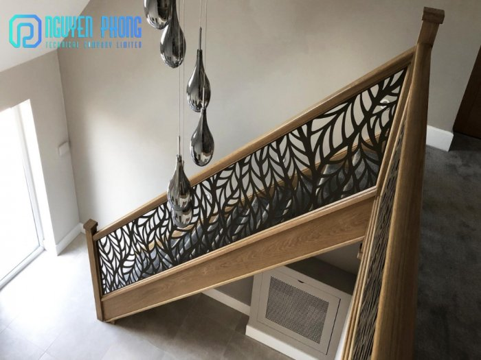 Cầu thang CNC sắt mỹ thuật bền-rẻ-đẹp mang lại không gian hiện đại đẳng cấp3