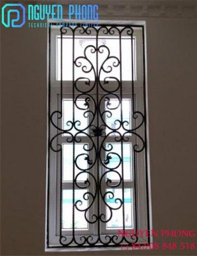 Mẫu khung bảo vệ cửa sổ sắt mỹ thuật nào phù hợp với nhà bạn?6