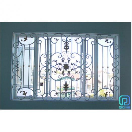 Mẫu khung bảo vệ cửa sổ sắt mỹ thuật nào phù hợp với nhà bạn?3