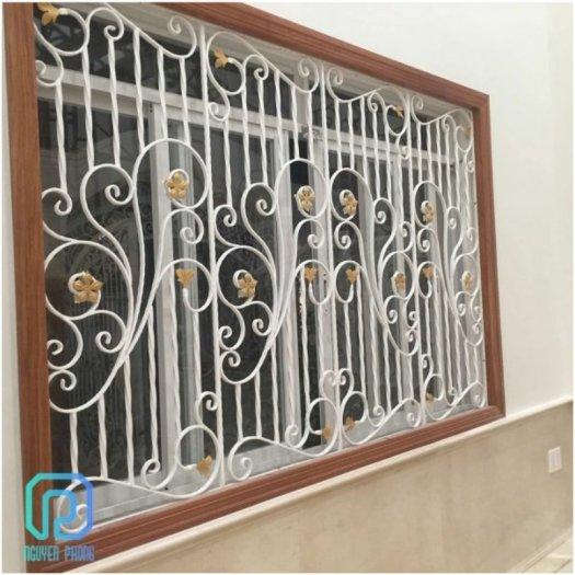 Mẫu khung bảo vệ cửa sổ sắt mỹ thuật nào phù hợp với nhà bạn?2