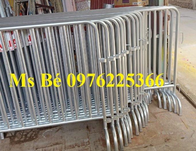 Khung Rào Chắn Di Động, Hàng Rào Barie Ngăn Cách Giá Tốt Tại Hà Nội6