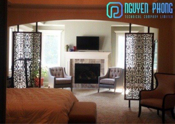 Tiết kiệm không gian phòng khách với vách ngăn hoa văn sắt CNC2