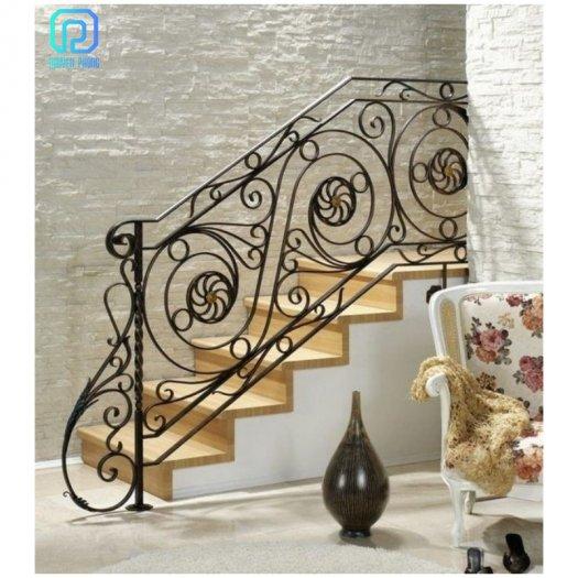 Cầu thang sắt mỹ thuật - lựa chọn hoàn hảo cho mọi gia đình6