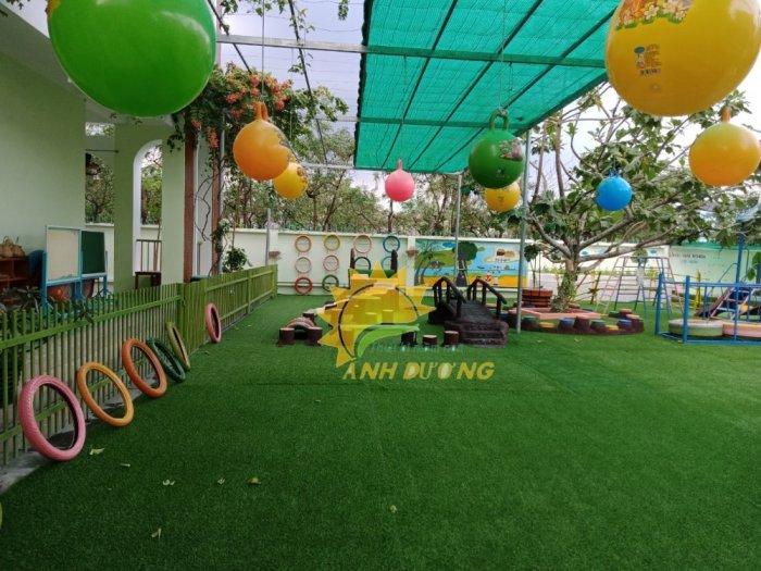 Nhận thi công thảm cỏ nhân tạo cho trường mầm non, công viên, khu vui chơi, nhà thiếu nhi6
