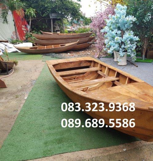 Thuyền gỗ chụp ảnh hồ sen, đi sông4