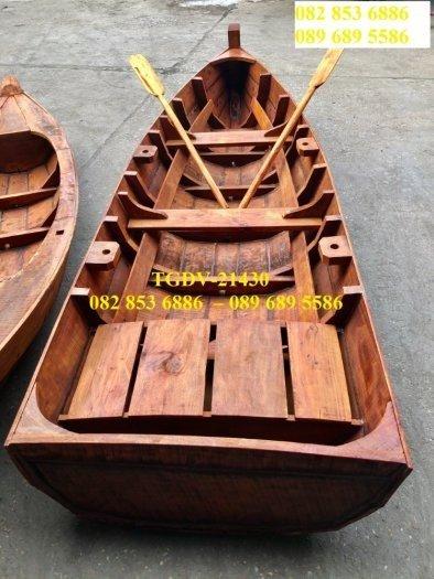 Thuyền gỗ chụp ảnh hồ sen, đi sông3