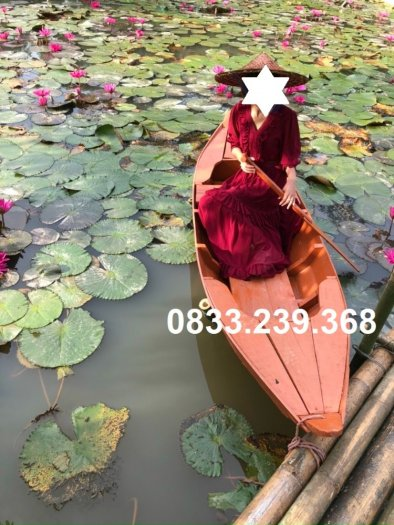 Thuyền gỗ chụp ảnh hồ sen, đi sông2