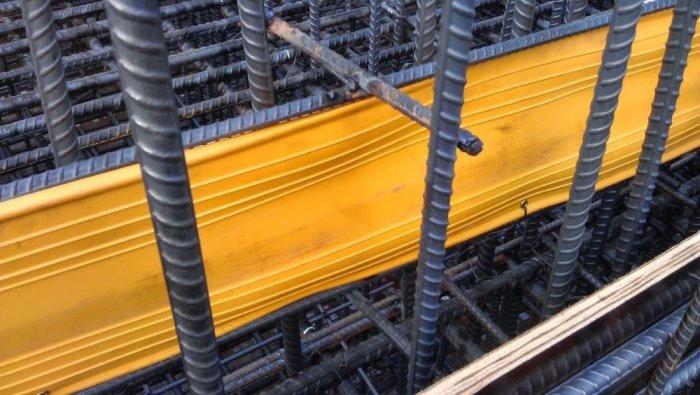 Tấm cản nước pvc vàng O300-20m dài giá cạnh tranh miền trung2