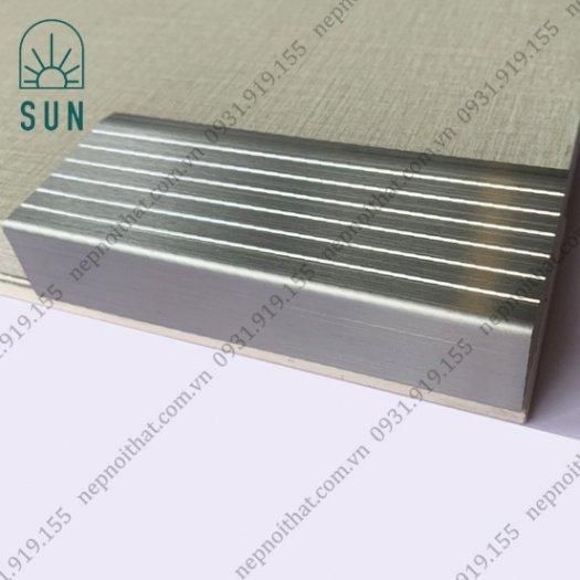 Nẹp chống trơn bậc cầu thang bằng inox 304 - Nẹp chống trơn giá rẻ nhất tại HCM - Nẹp inox đẹp6