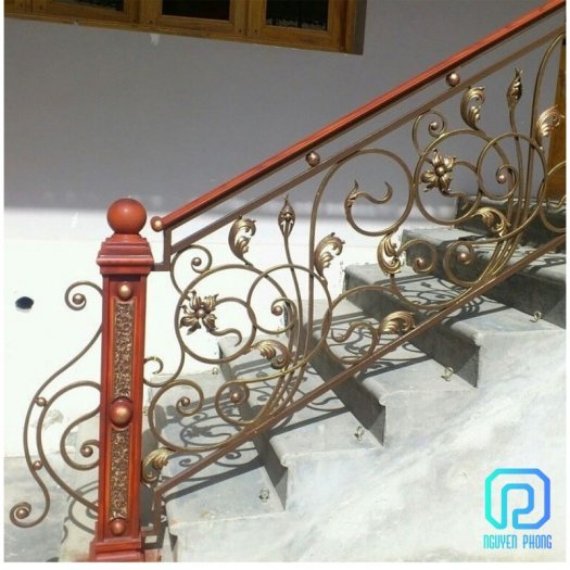 5 tips khi chọn cầu thang sắt mỹ thuật để ngôi nhà trở nên sang trọng đẳng cấp hơn6