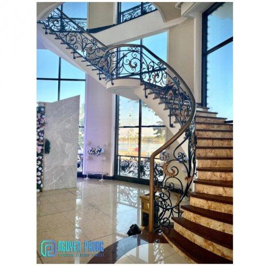 5 tips khi chọn cầu thang sắt mỹ thuật để ngôi nhà trở nên sang trọng đẳng cấp hơn5