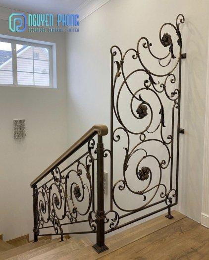 5 tips khi chọn cầu thang sắt mỹ thuật để ngôi nhà trở nên sang trọng đẳng cấp hơn2