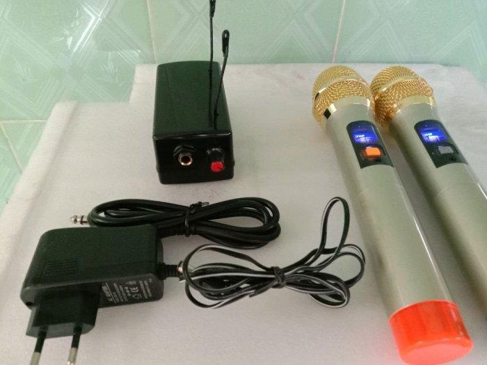 Bộ Micro không dây tiếng hay (hàng mới)3