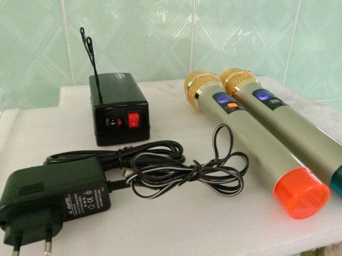 Bộ Micro không dây tiếng hay (hàng mới)4