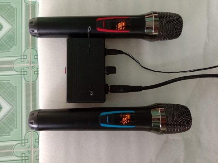 Bộ Micro không dây có báo Pin, sóng, setup được tần số ( hàng mới)4