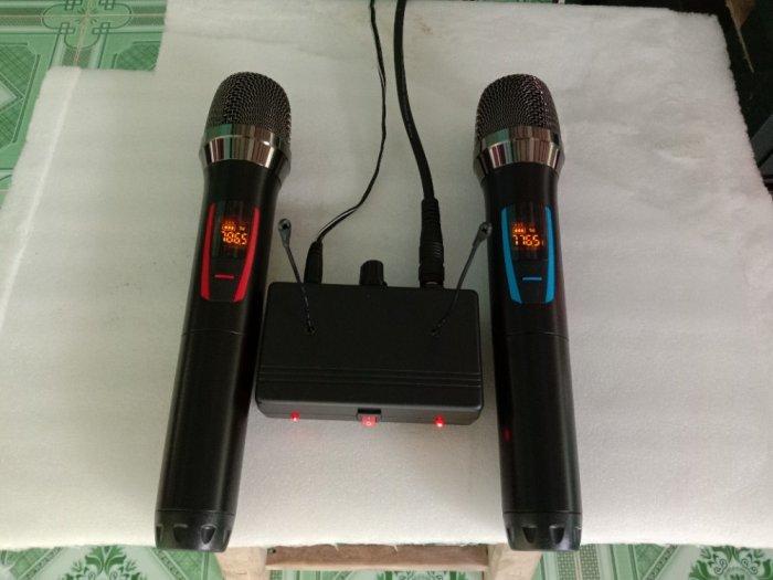 Bộ Micro không dây có báo Pin, sóng, setup được tần số ( hàng mới)2