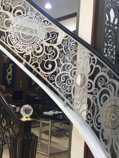Cầu thang CNC với những ưu điểm vượt trội - thu hút mọi ánh nhìn3