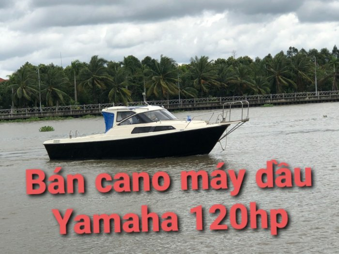 Thuyền gia đình máy dầu Yamaha0