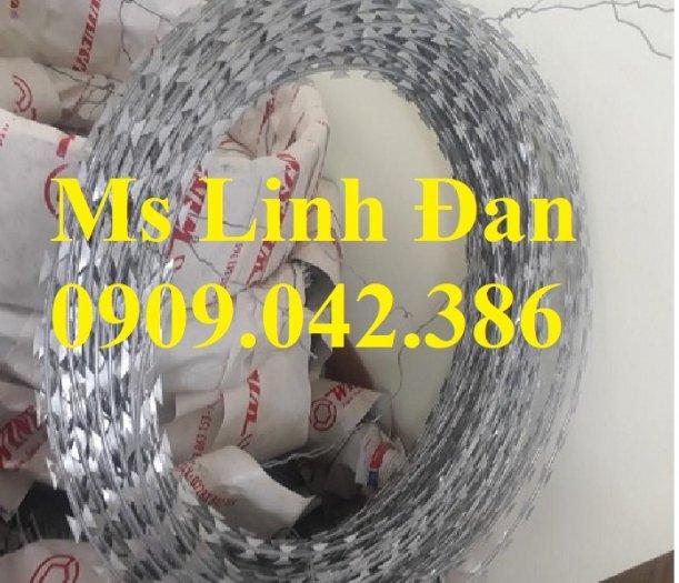 Dây thép gai hình dao Đk 45. 60.80cm lưới thép Nam Định1