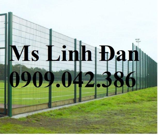 Chuyên sản xuất lưới hàng rào phi 4, phi 5, phi 6 mạ kẽm theo yêu cầu9