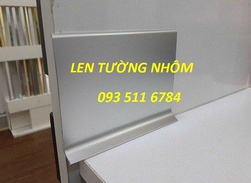 Len tường nhôm - Len tường nhựa PVC - Len tường Inox màu2