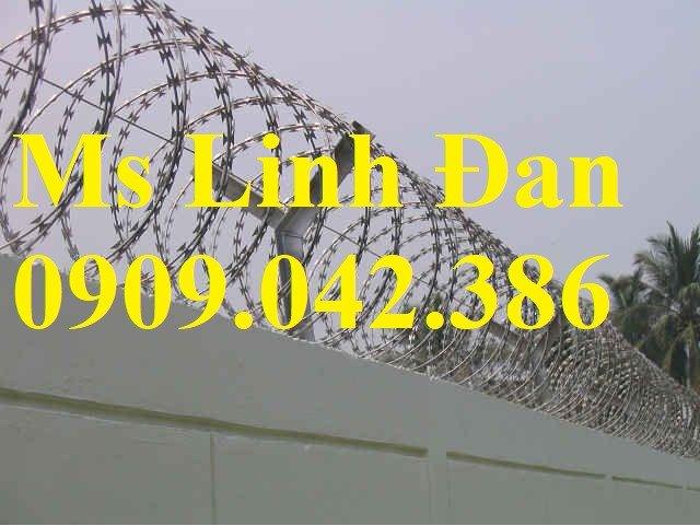 Nhận lắp đặt hàng rào dây thép gai hình dao, dây thép gai hình dao mạ kẽm nhúng nóng,6
