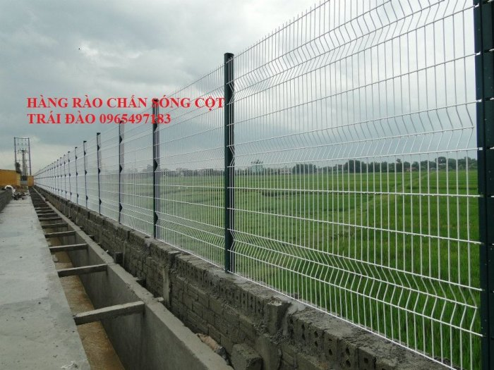 Hàng rào lưới thép hàn gập tam giác 2 đầu2