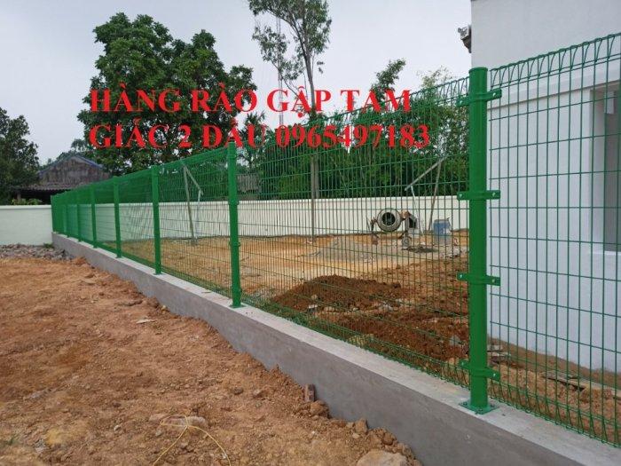 Hàng rào lưới thép hàn gập tam giác 2 đầu1