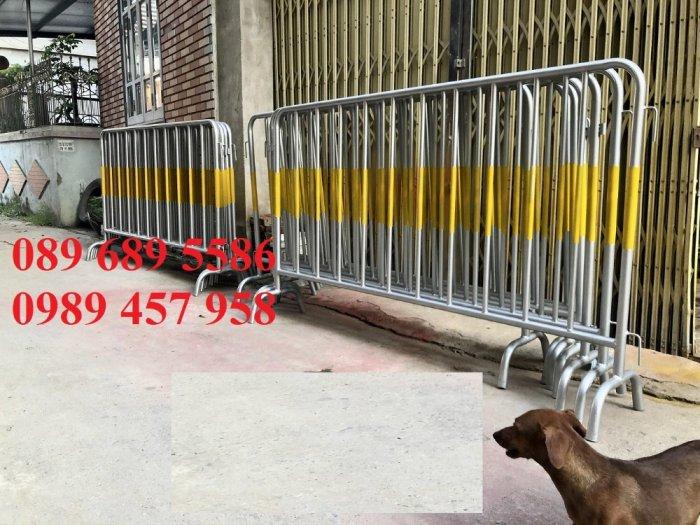 Hàng rào di động có bánh xe, hàng rào di động inox304, Hàng rào phản quang2