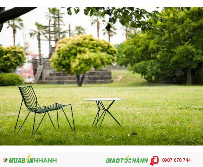 Bộ bàn ghế 3D sắt rèn đẹp cùng phong cảnh đẹp2
