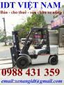 Xe nâng dầu Nissan 3 tấn chui container