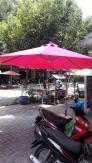 Nội thất cafe việt chuyên cung cấp ô dù và bàn ghế