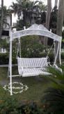 Ghế xích đu sắt mỹ thuật sân vườn
