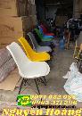Ghế gỗ nệm chân sắt đủ màu sắc Nội Thất Nguyễn Hoàng Sài Gòn