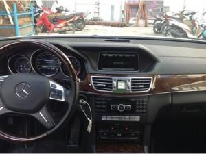 Bán xe Mercedes E400 model 2015 giá rẻ 2,450 tỷ. Bảo hành 2 năm Mercedes