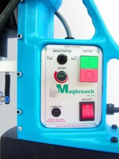 Máy khoan ta rô đế từ Magtap30
