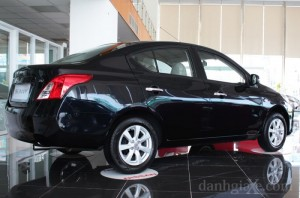 Xe Nissan SUNNY