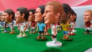 Tượng cầu thủ bóng đá...quà tặng hấp dẫn cho bạn