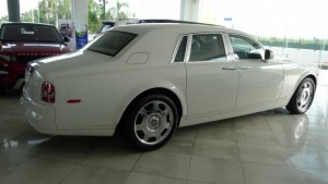 RR Phantom 2013 màu trắng nhập khẩu Mỹ