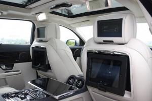 Xe Jaguar XJL