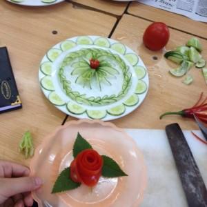 Học cắt tỉa rau củ quả tại Hà Nội