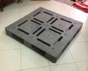 Pallet nhựa cũ 1100x1100x150 (pallet mặt đá)